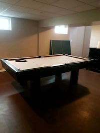 Dufferin pool table Edmonton, T6B 1E1