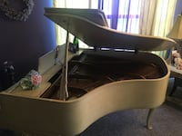 1960 WM Knabe Baby Grand Piano Country French Creamy Yellow. OBO Buyer moves. Inwood