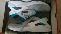 white-and-blue Air Jordan 7 shoes Chillum, 20782