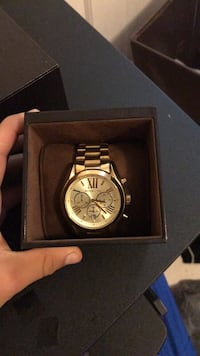 round silver chronograph watch with link bracelet Pinellas Park, 33782