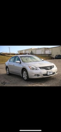 Nissan - Altima - 2012 Car must leave by Friday  Clinton