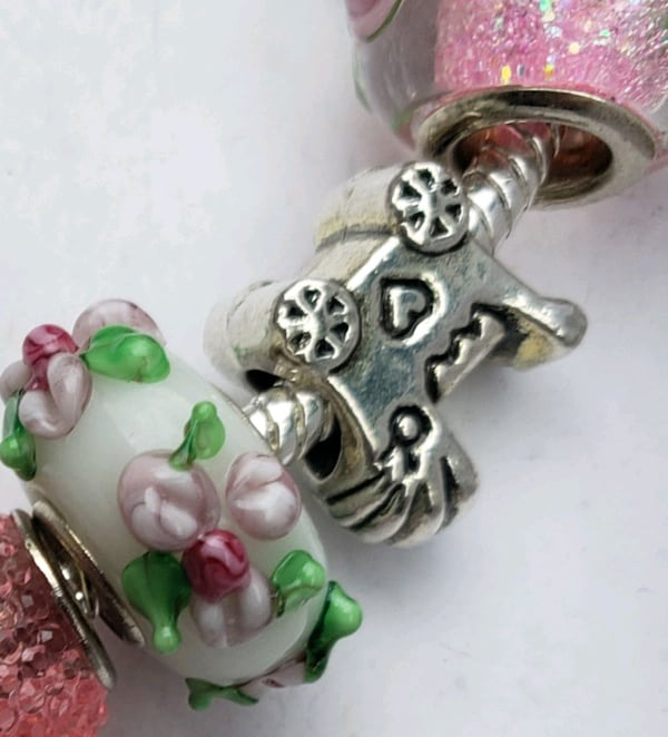 Baby girl mom to be charm bracelet 1for $15 or 2 for $25 63c9aa64-b199-48af-9a1b-ed65cf39b19f