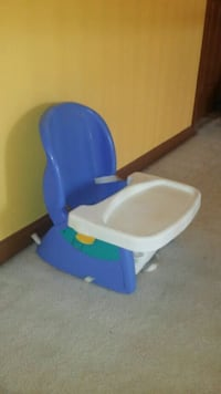 High Chair Alexandria, 22310