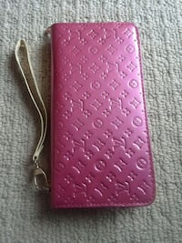 women's wallet in new condition  Edmonton, T5T 0Y7