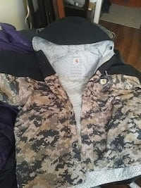 land camouflage buttoned hoodie Regina, S4P 2V5
