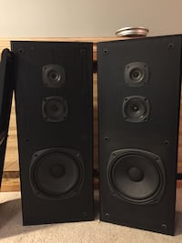 two black-and-gray speakers Cambridge, N1S 1S7