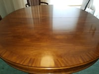 Dining Room table and chairs  Minoa