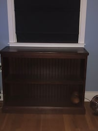 Pottery barn book shelf. Used condition but still a good solid piece. Please see pics for scuff marks Crofton, 21114