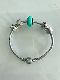 Authentic Pandora Bracelet Women's jewelry gift like new charms spacers Green Silver Toronto, M5V