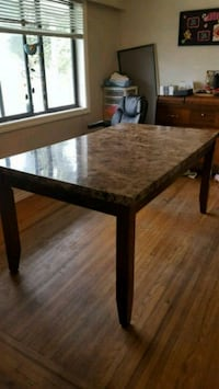Marble table $250 obo Abbotsford, V2S 3C2