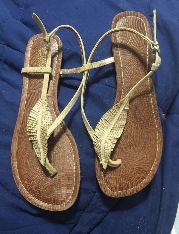 Gold Feather Sandals