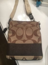brown monogrammed Coach crossbody bag Durant, 74701