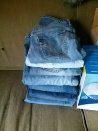 10 pairs of boot cut jeans Fitchburg, 01420