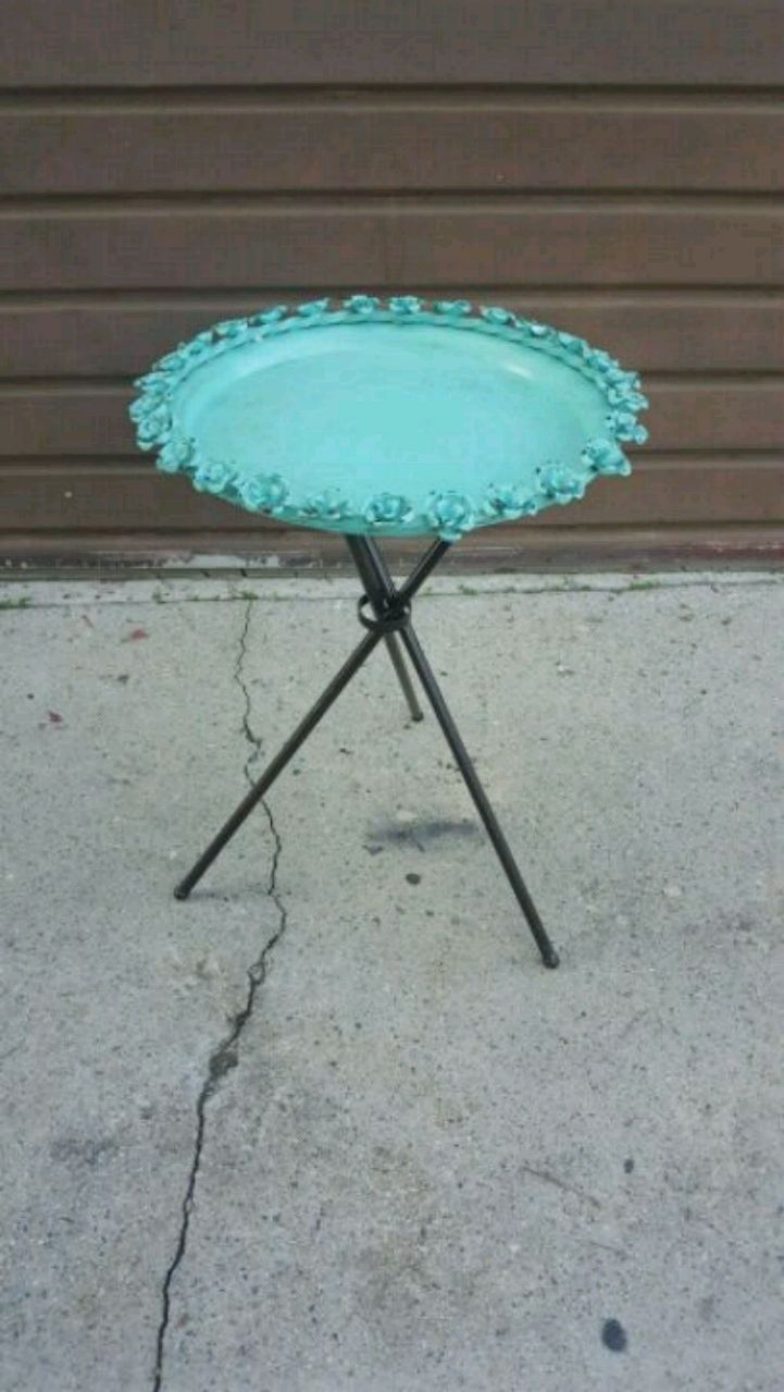 Photo Cool Mid-Century Steel Patio Table With Roses! Circa 1950's !