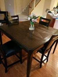 rectangular brown wooden dining table with chairs Woodbridge, 22192