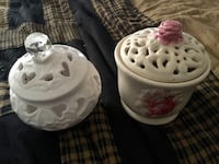 2 pc Shabby Chic lot.   Nice addition to your vanity. Lower Paxton, 17109