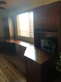 Solid wood desk Las Vegas, 89183