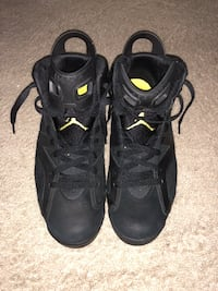 pair of black Air Jordan basketball shoes Alexandria, 22303