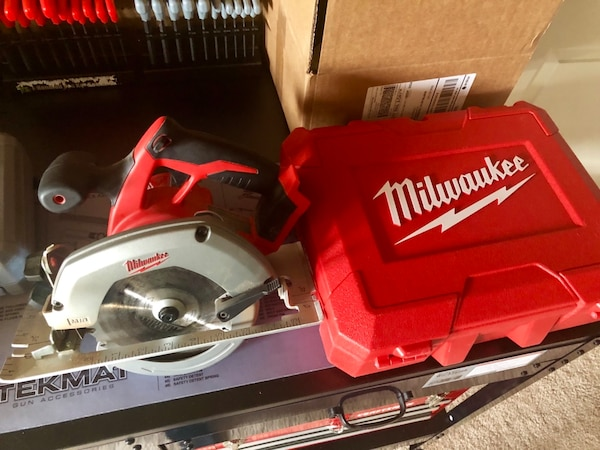 Milwaukee M18 Fuel Circular Saw and Drill (w/ Case) 754a75fb-920d-449f-9125-c835247e2311