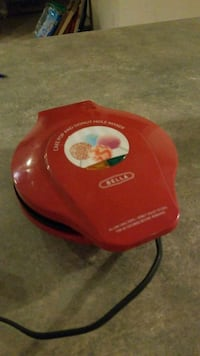 Cakepop maker w/drying stand & candy melt containe Olathe, 66062