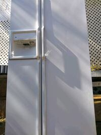 CAN DELIVER  $25...EXCELKRNT WORKING GE SIDE BY SIDE REFRIGERATOR Oklahoma City