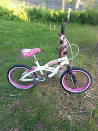 Hello Kitty bicycle. Size 16 Clarence-Rockland, K0A 1E0