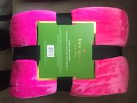 Kate spade blanket pink queen size  London, N6E