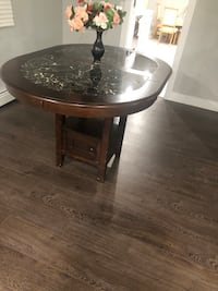 Dining Table  Surrey, V3W 0P9