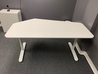 White Office Desk - Perfect Condition Los Angeles, 90079