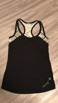 Black and white  printed roxy tank top Victoria, V9A 0A4