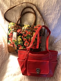 Think Spring!!  NEW!! Floral Tote with Coordinating Handbag
