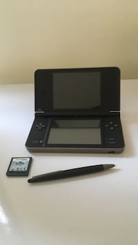 DSI XL Dark Brown 200€ +κασέτα