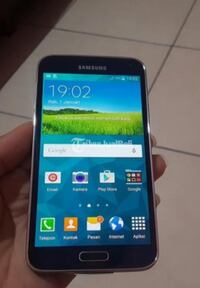 Samsung Galaxy S5 Smartphone- Slightly Used Ottawa