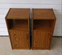 Set nightstand tables St. Louis, 63125