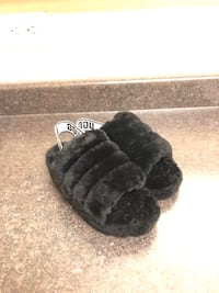 Ugg Slippers size 5