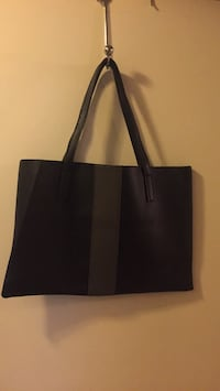 Vince Camuto Vegan Leather Tote 3155 km