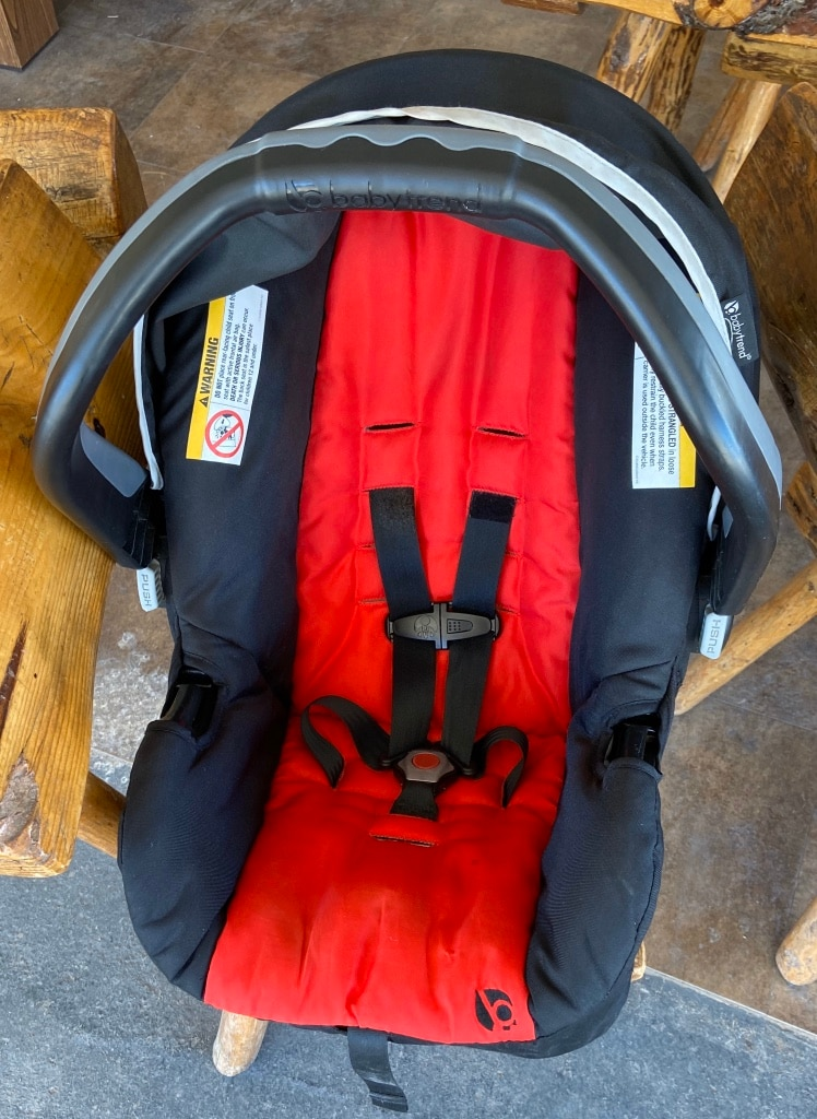 Photo Infant car seat with w