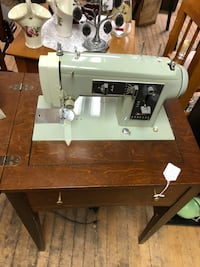 Nice Sears Kenmore cabinet sewing machine Model 1301 191 mi