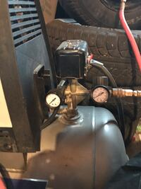 Ingersoll-rand air charge pro oil less air compressor Barrie