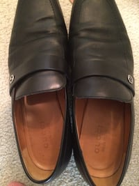 Real gucci dress shoes  New Westminster, V3M