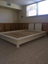 Pottery barn teen  queen size bed frame 71 km