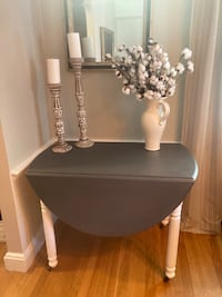 Drop leaf table. Grey and white.