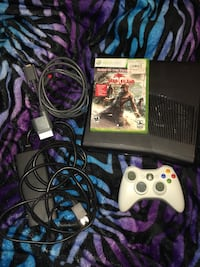 Xbox 360 console with controller and game read description