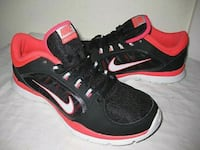 Womans NIKE FLEX TRAINERS size 8 Omaha, 68124