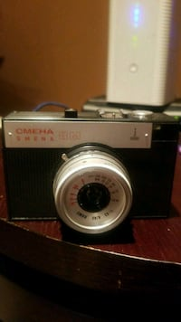 Antiques..Vintage  camera nice with everything Brampton