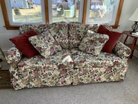 Lazyboy Floral Love Sofa/Sleeper New Haven, 06514