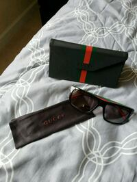black framed sunglasses with case Miami, 33193
