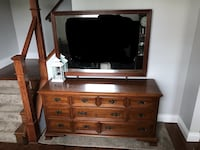 Large Dresser with Mirror  Guelph, N1E 5B7