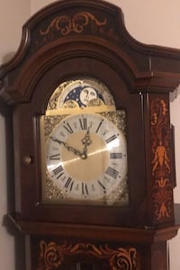 Grandfather clock in great shape 9/10