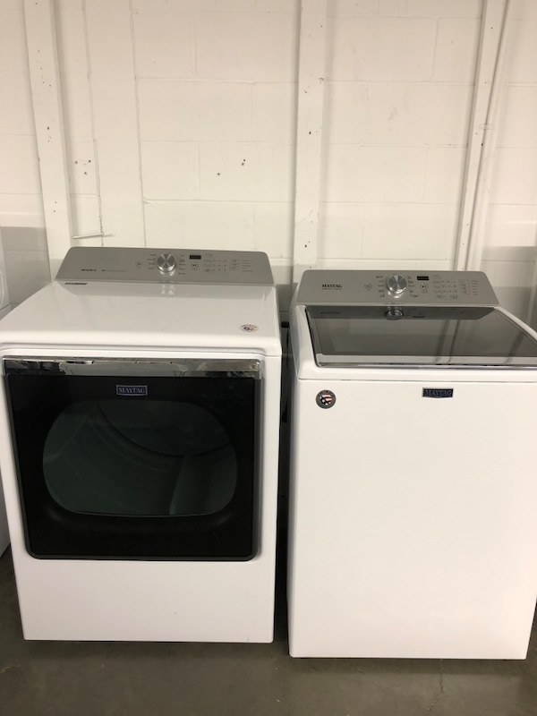 New Maytag Bravo Xl Washer Dryer Set